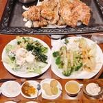 ステーキガスト - 料理写真:カットステーキ(160g) 1199円 健康サラダバー&ソースバー付 ※1人分