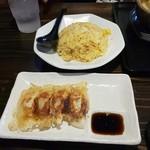 武者麺 - 焼き飯+餃子セット
