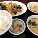 中国家常菜 しんた - 本日のまかない_680円