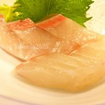 活魚料理 讃岐家 - ハマチとタイ