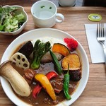 ペレニアルロックガーデン春子谷地 cafe ミルクの里 - 牛タン野菜カレー。おいしいですよ~