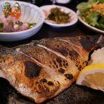 ぶえんもゆかり - 料理写真:気まぐれ定食(この日はトロ鯖塩焼き)