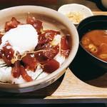 いまが旬 あ・うん - 料理写真:まぐろゆっけ丼