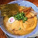 ゆや軒 - 料理写真:豚塩チャーシュー麵 880円