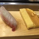 つきぢ神楽寿司 - 鯛・けら玉