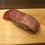 つきぢ神楽寿司 - 中とろ
