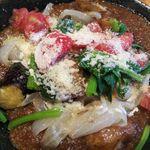 なっぱ畑 - 料理写真:群馬卵のふわふわえばらハーブ豚のオムカレー
