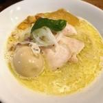 中華そば 先崎 - 料理写真:地鶏白湯と雲丹そば