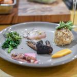 小泉料理店 - 前菜の盛り合わせ