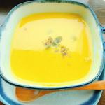 Cafe Mimpi - ベジタブルプレートランチ かぼちゃのポタージュスープ
