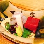 夢窓庵 - ヒラメとマグロのお造りアップ