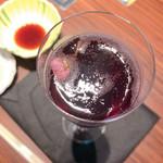 106761342 - スパークリングワイン ♡塩漬け桜入り♡