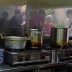 蘭州料理 ザムザムの泉 - 内観