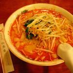 中国料理 四季香 - タンタン麺(刀削麺)780円