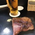 肉バル 食いしん坊 -