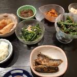 Kinokawa - イワシ煮や野菜料理など