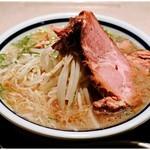 神名備 - 料理写真:塩ラーメン 1296円 一番好きな食べ物です。