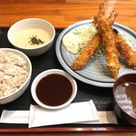 泰山 - ジャンボ海老フライ定食¥1100(税込) サクサク、プリプリ♪