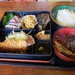 106789682 - お弁当定食600円!