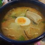 玉山食堂 - 料理写真:味噌タンメン