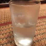 Puja - 冷たい水はありがたい