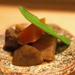 タキギヤ - お通し  がめ煮