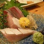 新日本料理 旬味 すずの木 - 寒鰤の刺身