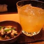 10680906 - 自信のお通しと梅乃宿あらごし梅酒(奈良県・12°)