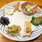 きっちん大浪 - 塩さば定食(1000円)のお惣菜