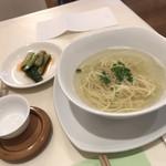 茶語 TEA SALON - 鶏スープ麺