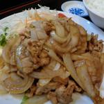 106806739 - 焼肉定食