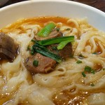 toushoumenhinabeseianryourishi-an - スベアリブのせ刀削麺