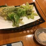 来らっさい - 天ぷら(こしあぶら260円、行者にんにく250円、ふきのとう220円)