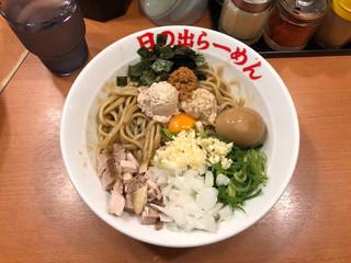 日の出らーめん 大船店 - ガッツ麺DX。味玉はラインお友達サービスだ。