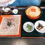 悦中庵 - ミニカツ丼とそば