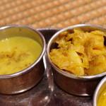 ベンガル料理プージャー - ランチセット、サブジ、ダルスープ