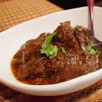 ベンガル料理プージャー - ヤギ肉のセミドライカレー1