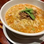 個室中華 頤和園 - 担々麺