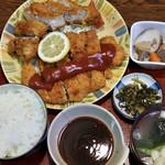 松の家 - ずっこけわらじ豚カツ定食