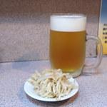 ラーメン コント - 生ビール(550円)。もやしつき。