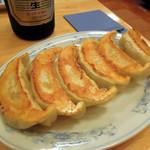ぎょうざの満洲 - 餃子は安定の質、これは全く不満はない。 というより餃子チェーンの中では一番好みだ。