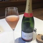 山地陽介 - Champagne Paul Bara Grand Rosé de Bouzy