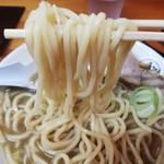 中華そば ひらこ屋 - うどんの様な中太ストレート麺