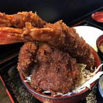 106854784 - エビヒレ丼(ご飯少なめ)