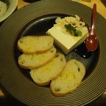 10687593 - 「チーズ?豆富?」(650円)