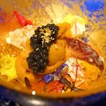 神戸牛炉釜ステーキ GINZA KOKO炉 - 前菜(カナダ産のオマール海老の上に根室産の雲丹とベルーガキャビア、下にはイクラとトマトのジュレ)