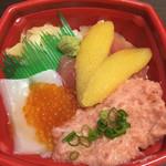 汐音丼丸 - 料理写真: