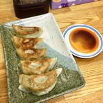 中華ゴング - 餃子350円