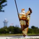 上田商店 - 料理写真:灯台をバックに・・・