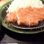 かつ金 - ロースかつ定食 1080円(税込)